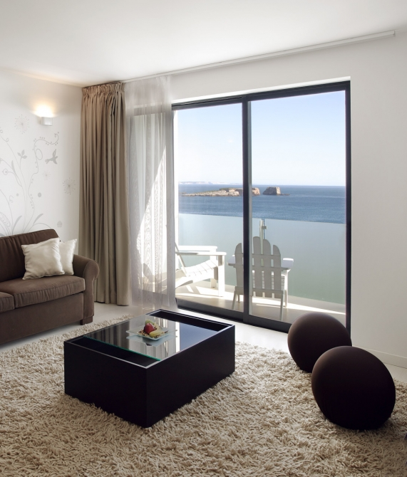 Memmo Baleeira Rooms and Suites in Sagres