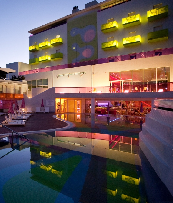 Semiramis athens greece design hotels for Designhotel athen