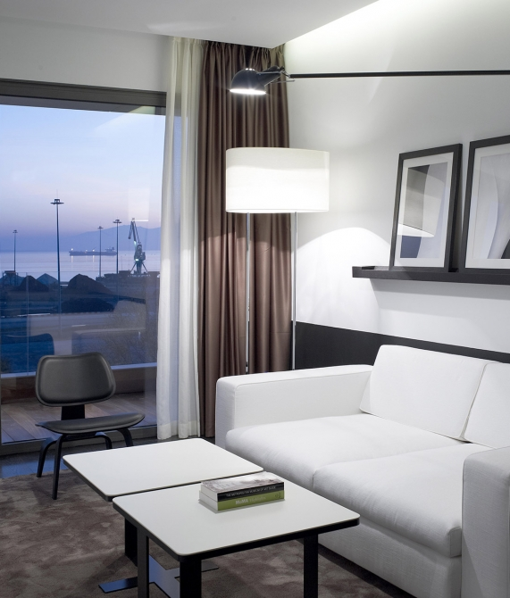 The Met Hotel Rooms and Suites in Thessaloniki