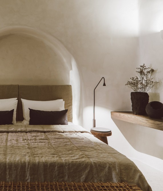 Vora Rooms on Santorini