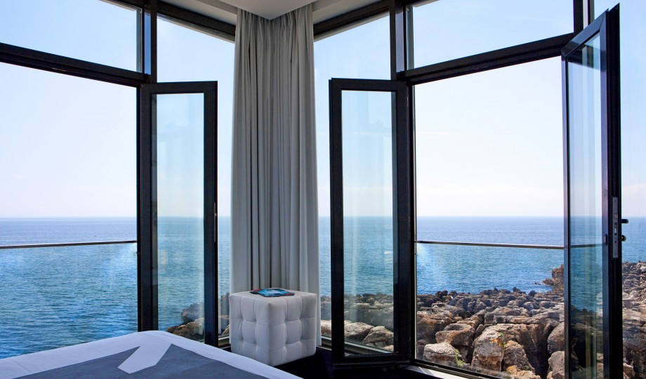 Farol hotel cascais portugal design hotels for Designhotel q