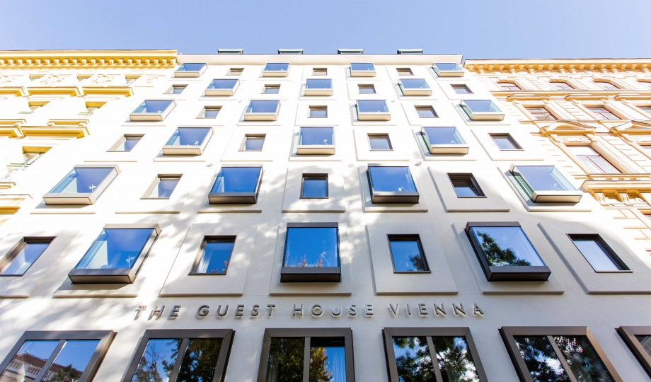 The guesthouse vienna vienna austria design hotels for Design hotel wien