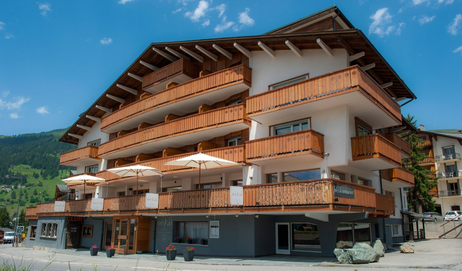 Hotel nevai verbier switzerland design hotels for Hotel design schweiz