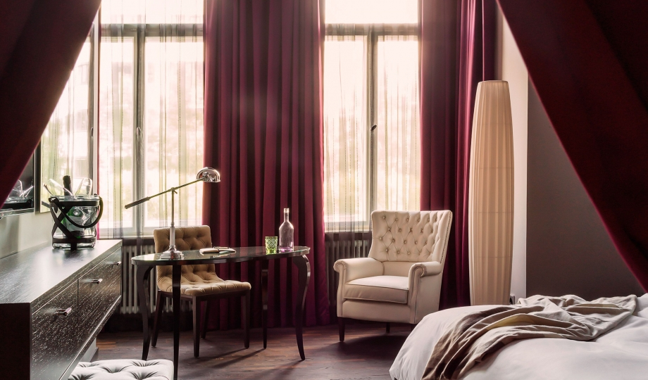 hotel zoo berlin berlin germany design hotels. Black Bedroom Furniture Sets. Home Design Ideas