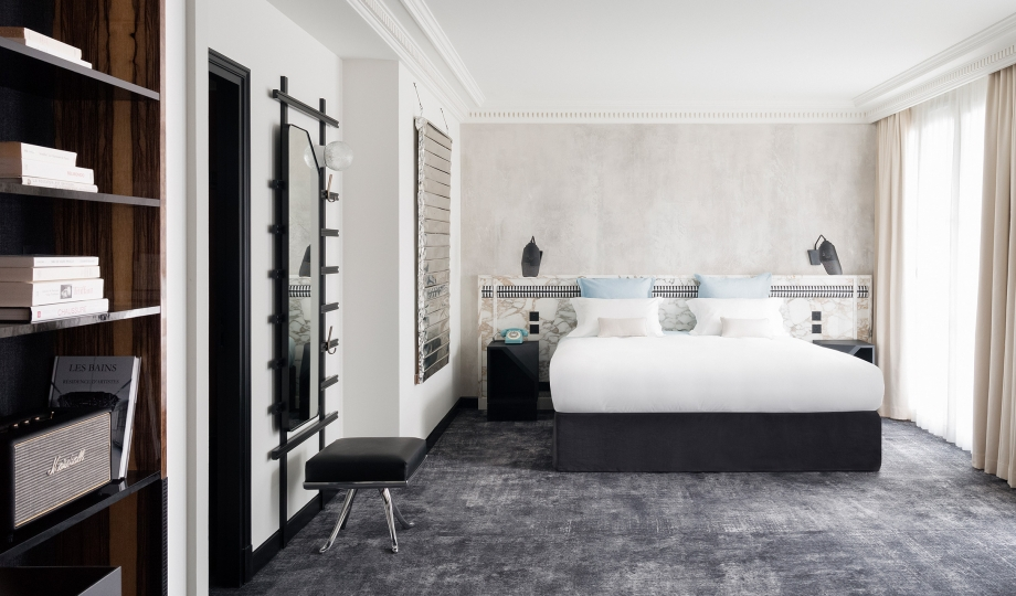Les bains paris france design hotels for Hotel design paris 7