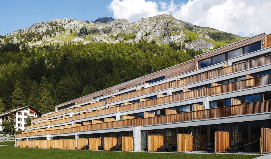 Nira alpina silvaplana switzerland design hotels for Hotel design schweiz