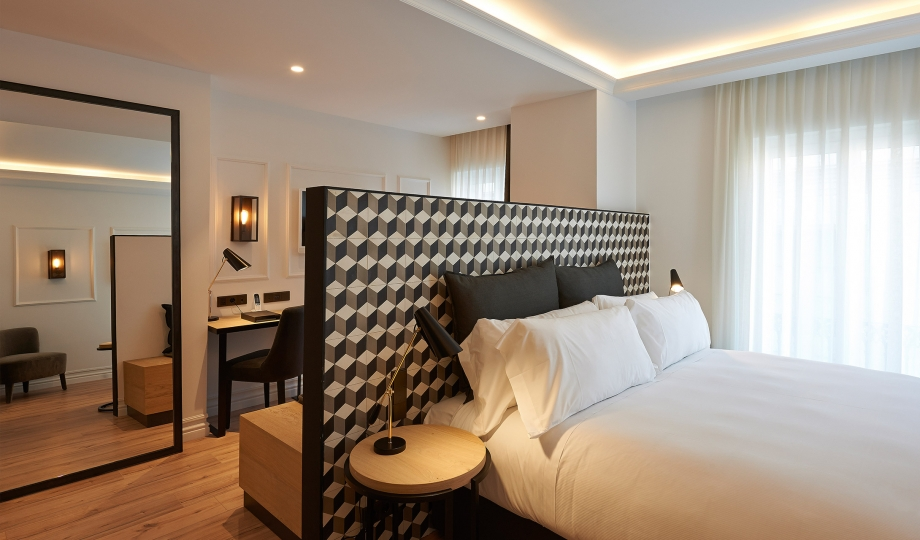 The serras barcelona spain design hotels for Hotel design barcelone