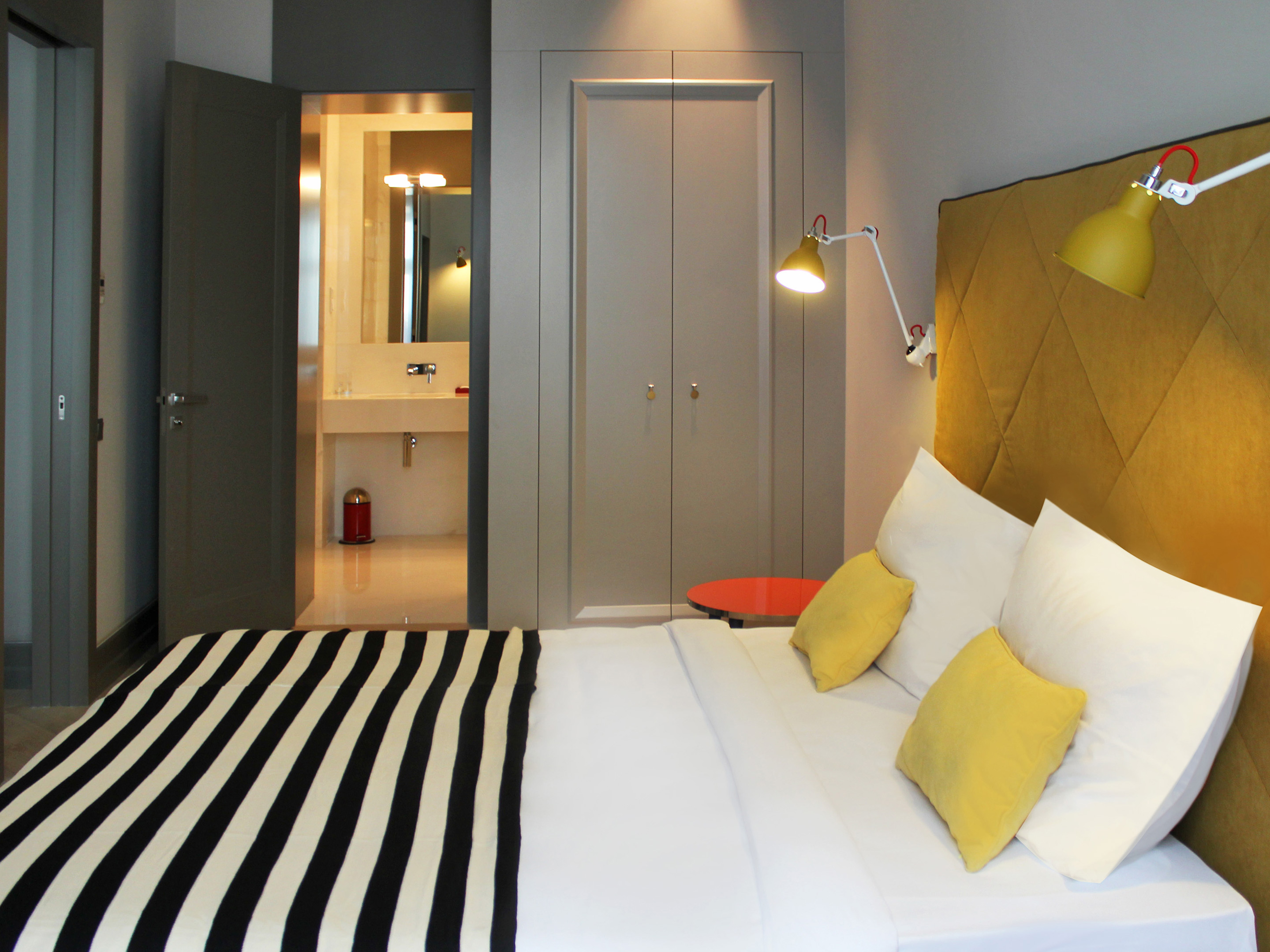 Rooms suites at h15 boutique hotel warsaw poland for Boutique bedroom designs