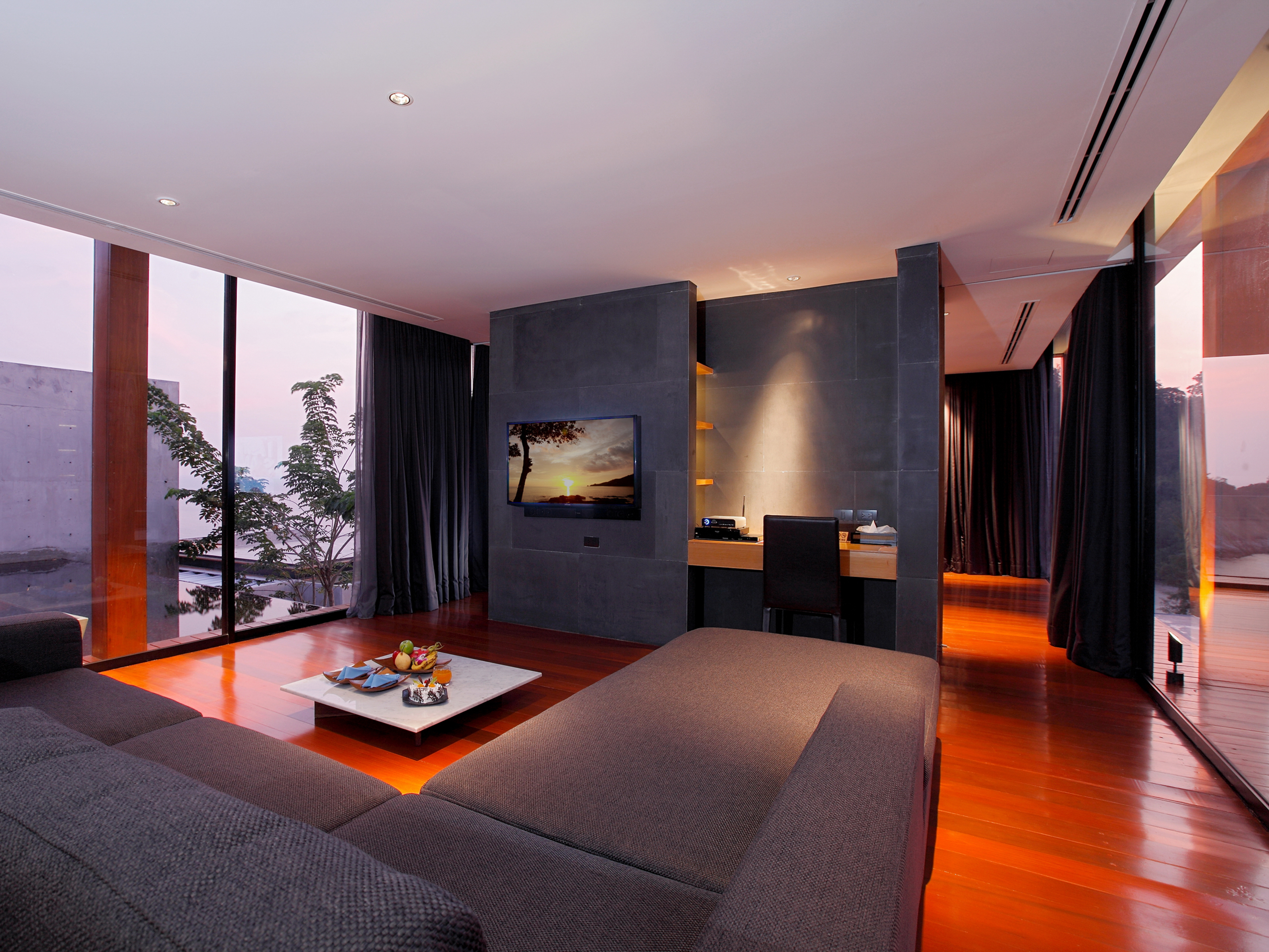 Rooms suites at the naka in phuket thailand design for Design hotel phuket
