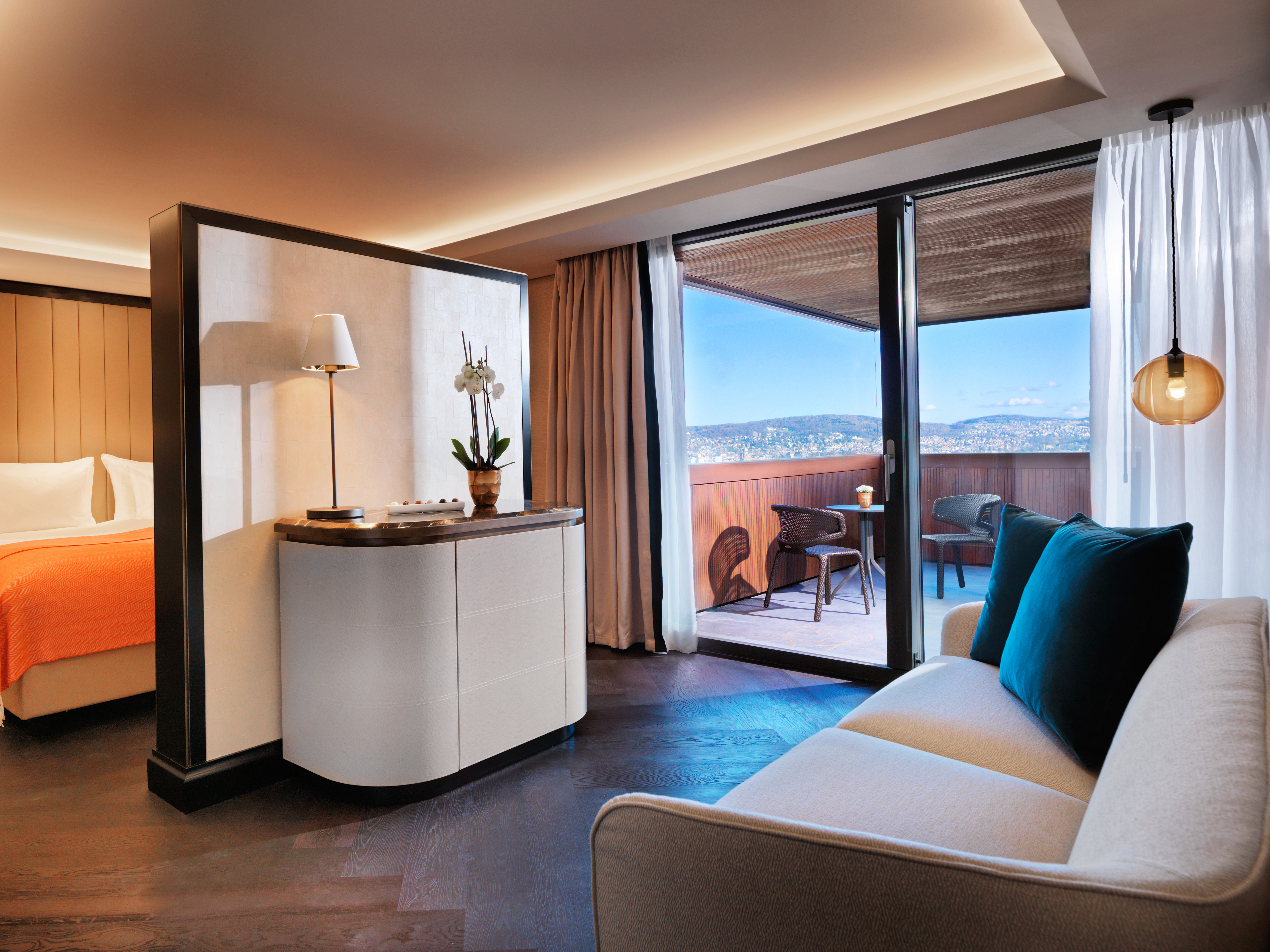 Rooms suites at atlantis by giardino in zurich design for Room design zurich