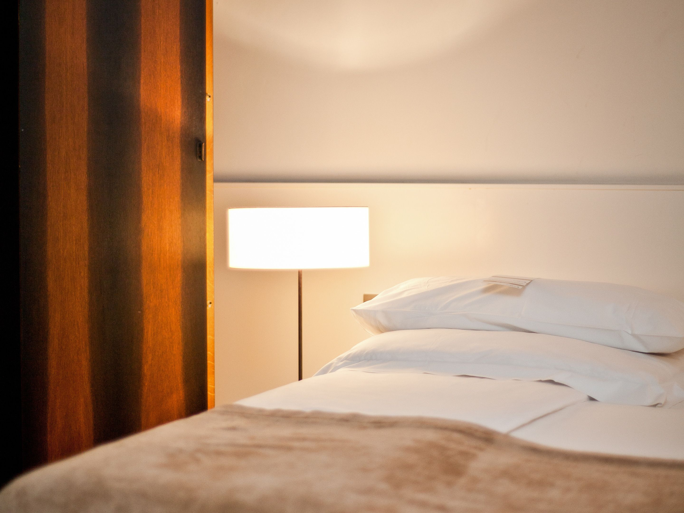 Rooms suites at cortiina hotel in munich germany for Design hotel munich