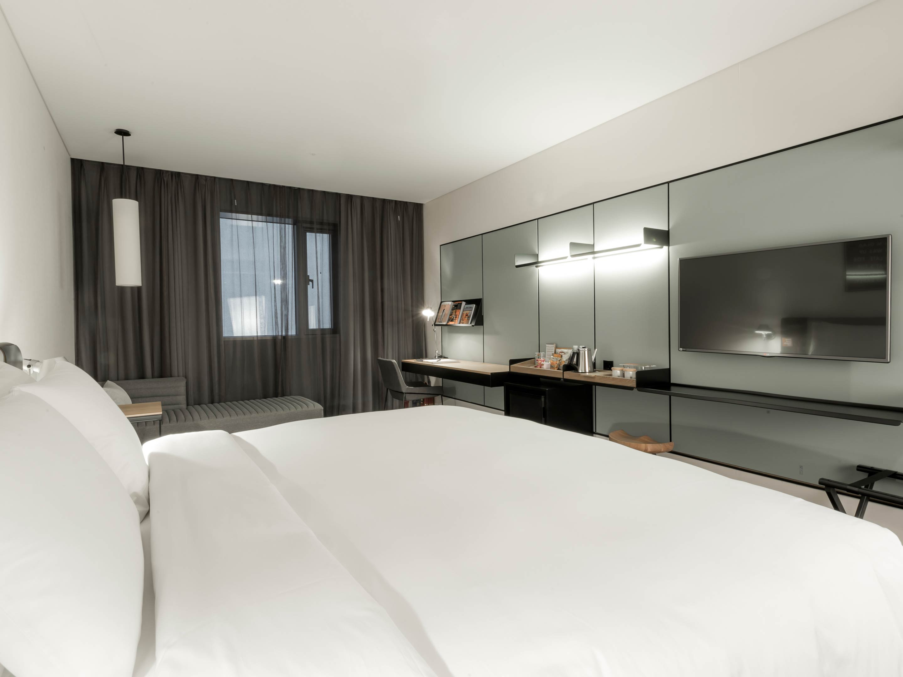 Rooms suites at glad hotel yeouido in seoul design hotels for Design hotel seoul