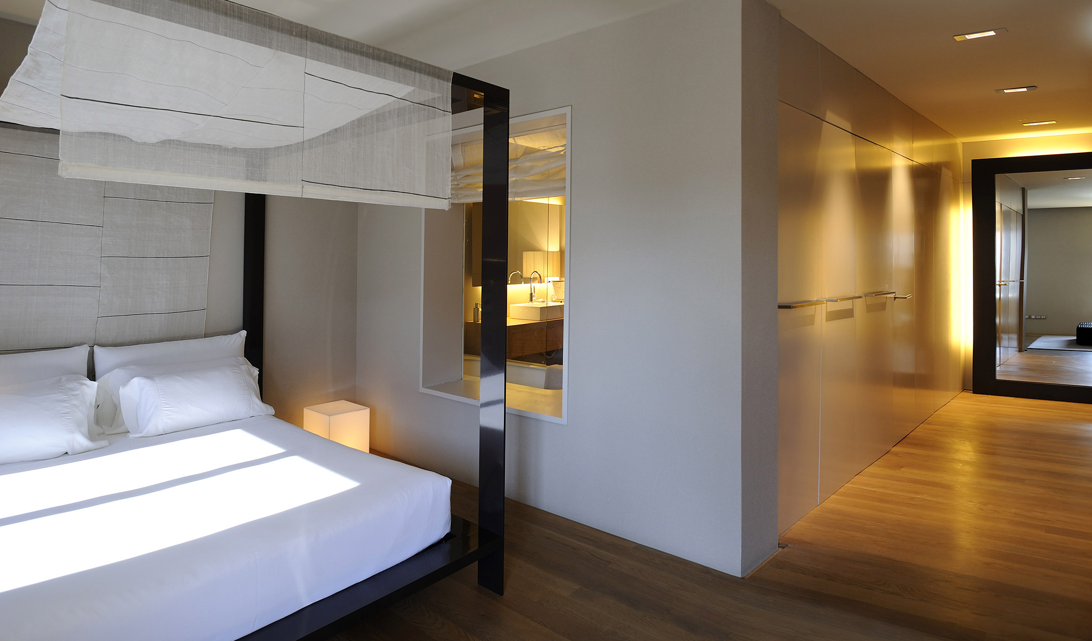 Hotel omm barcelona spain design hotels for Designhotel q