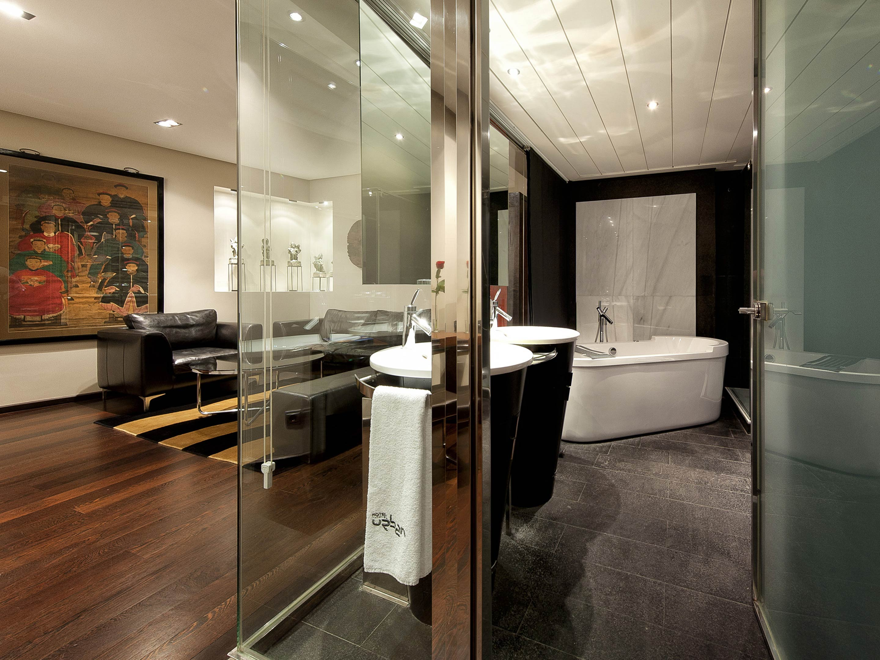 rooms suites at hotel urban in madrid spain design