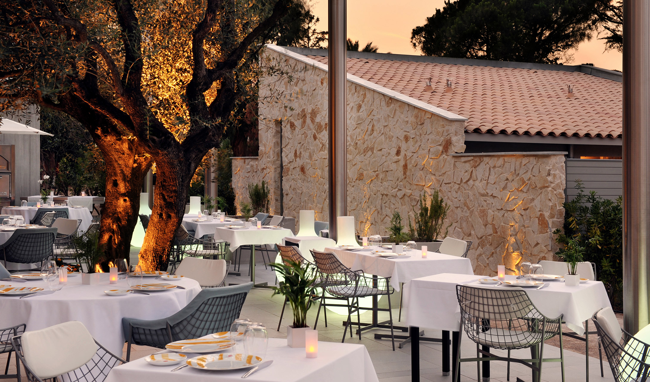 Hotel sezz saint tropez france design hotels for Hotels design en france