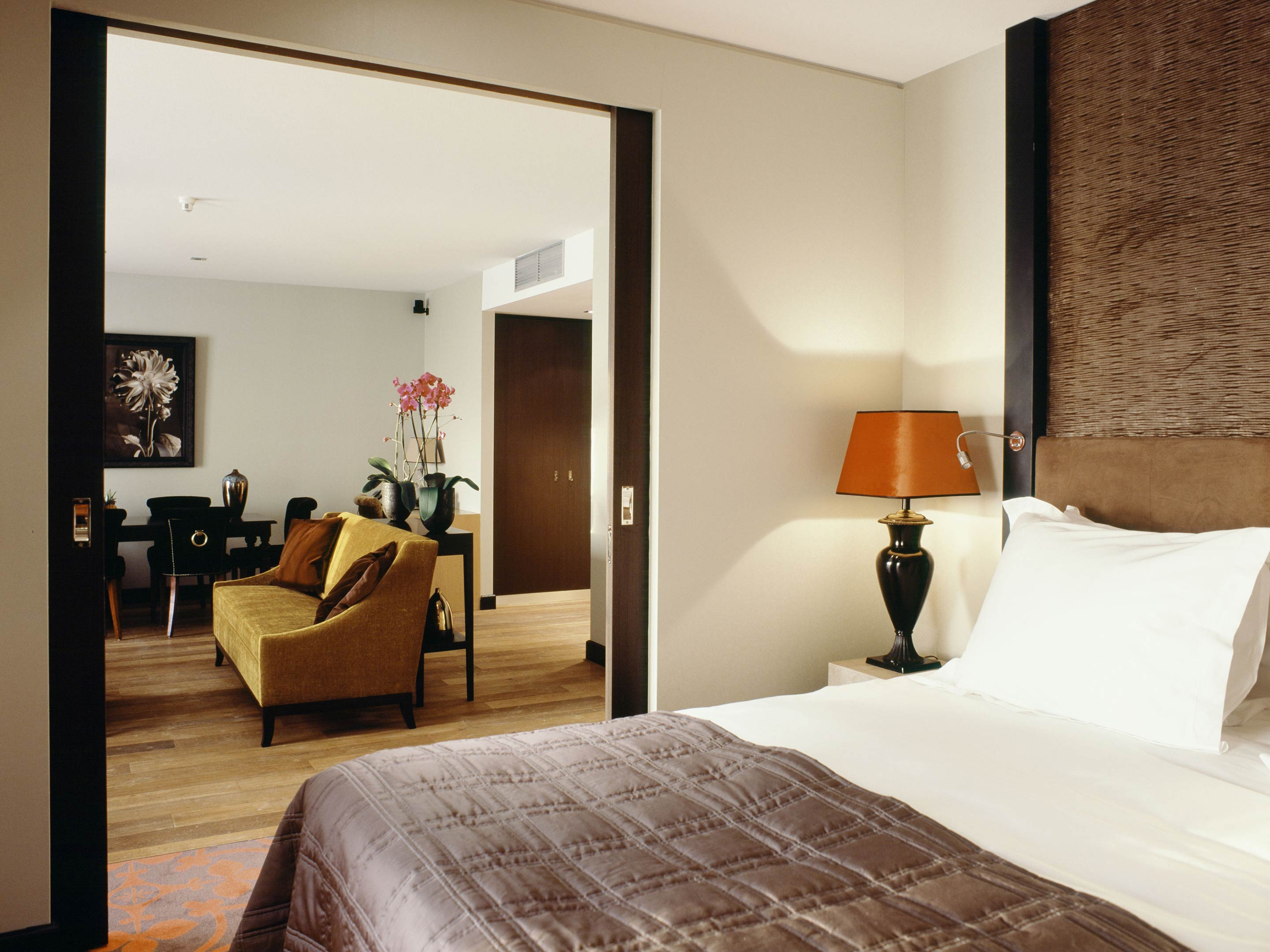 Rooms suites at the dominican in brussels belgium for Bruxelles hotel design